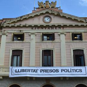 Ciudadanos (Cs) Sabadell pide ante la Junta Electoral la retirada de pancartas y símbolos que rompan con la neutralidad de las instituciones