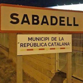 Ciudadanos (Cs) reclama al equipo de gobierno retirar los carteles a favor de la República de los accesos a Sabadell