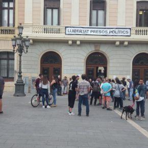 """Ciudadanos (Cs) Sabadell exige al equipo de gobierno el """"desalojo"""" de los CDR que han ocupado el Ayuntamiento"""