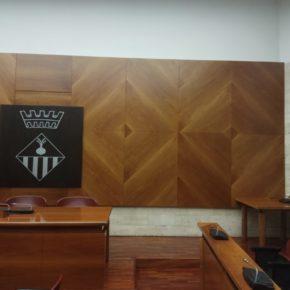 Ciudadanos (Cs) logra que se retire el retrato de Carles Puigdemont de la sala de plenos de Sabadell