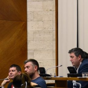 Ciudadanos (Cs) pide de nuevo al alcalde Serracant que retire el retrato de Carles Puigdemont de la sala de plenos de Sabadell
